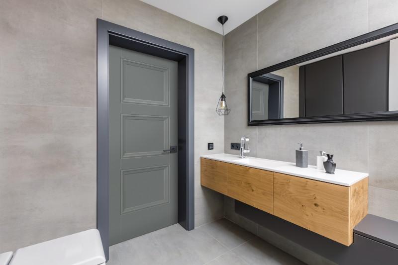MPS LV RL Bathroom HomburgGray bty